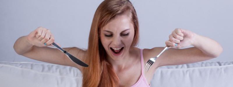 Fome na TPM Sou eu ou são meus hormônios CAPA
